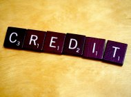 scrubble ułożone w słowo credit