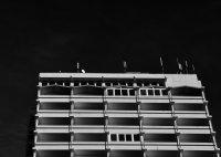 betonowy budynek