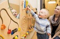 drewniane domki dla najmłodszych