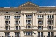Staranną renowację fasady warszawskiego hotelu Bristol wykonano z zastosowaniem preparatu gruntującego Sto HydroGrund